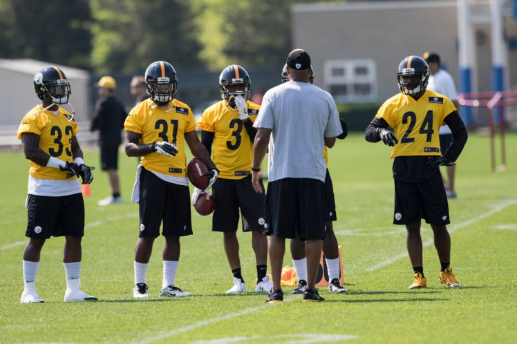 NFL: MAY 09 Steelers Rookie Minicamp