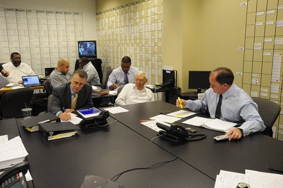 Draft_WarRoom_187-nfl_large_580_1000
